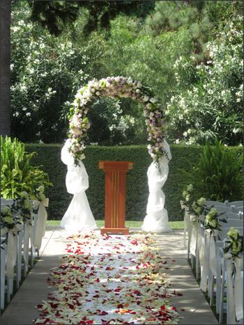 HISTORICAL LINDLEY SCOTT HOUSE WEDDING PATH